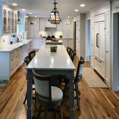 Traditional Farmhouse Style Kitchen