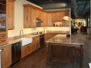 Natural Red Birch Kitchen Cabinets