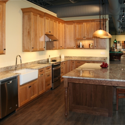 Natural Red Birch Kitchen Cabinets