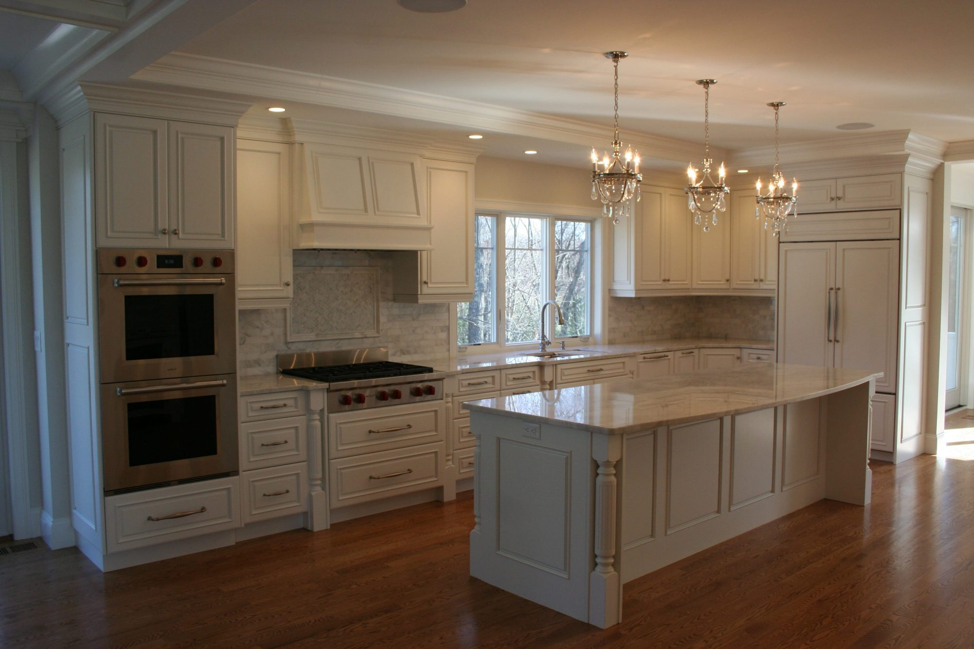 ... Traditional Kitchen Cabinets